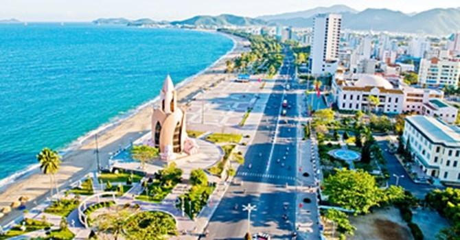 Một góc nhìn thành phố du lịch Nha Trang